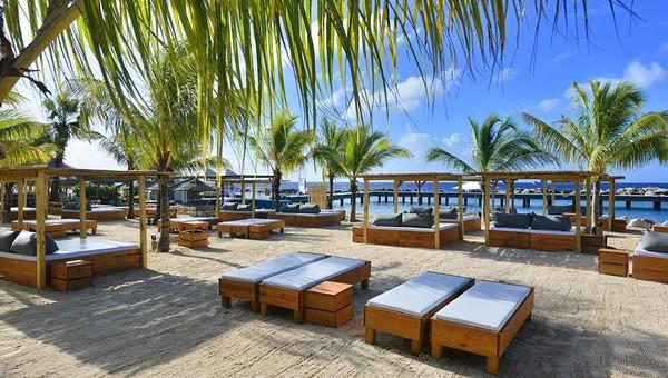 Kontiki Beach Resort Mood